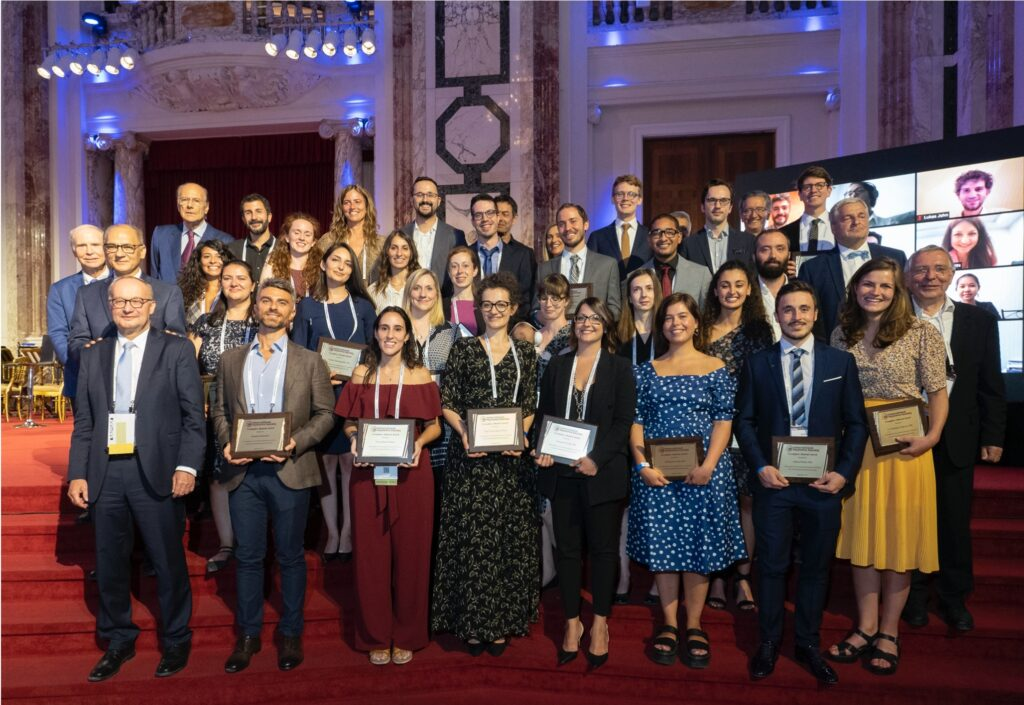 18th International Myeloma Workshop Vienna Austria, Young Investigator Award Group Picture 2021 Antonio Solimando, AG Beilhack Research Lab, Würzburg University, Germany